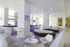 Cielo Bar & Lobby Area