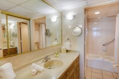 Bathroom, Máre St. Clair Hotel, Isla Verde Beach, Puerto Rico